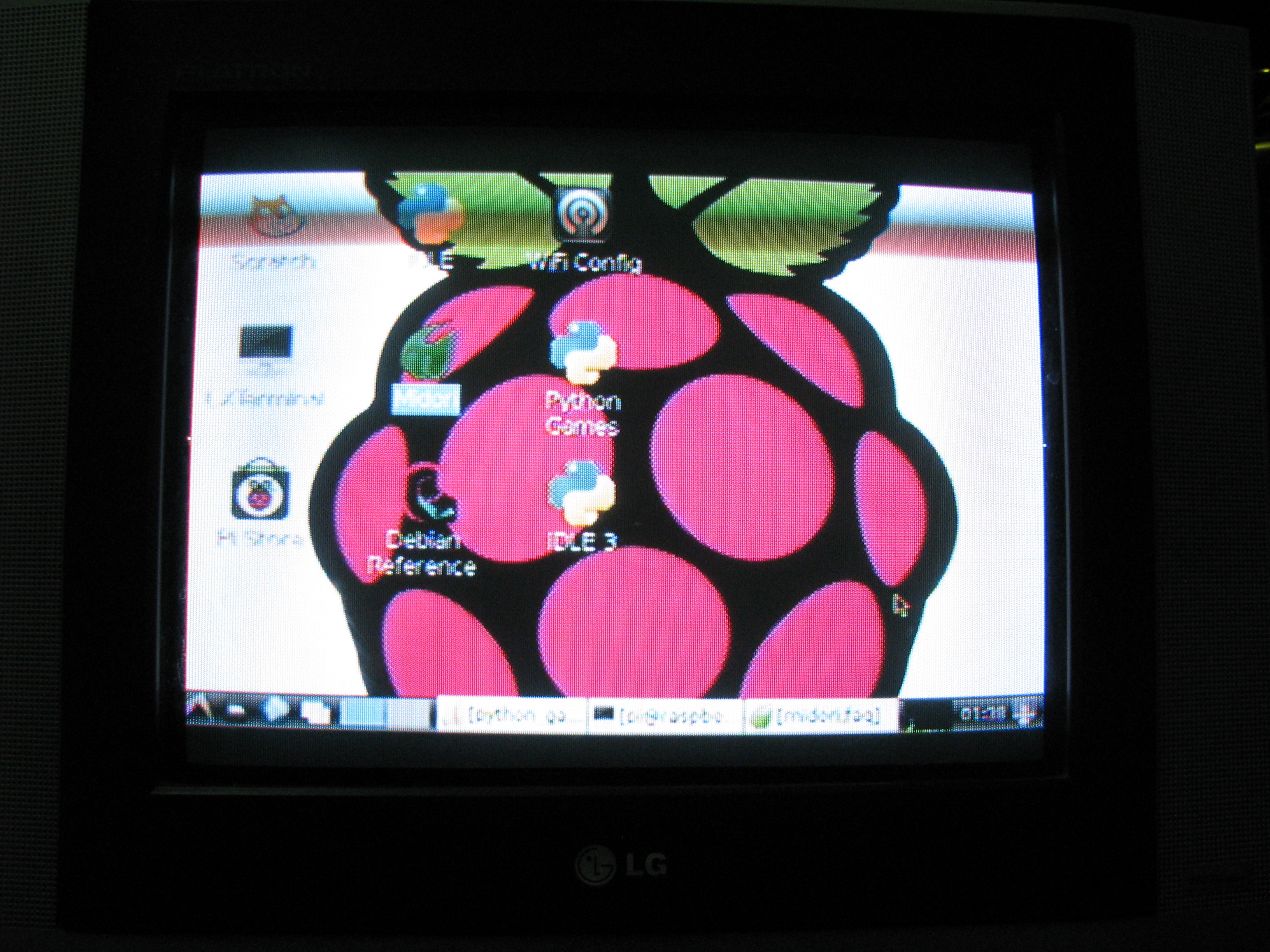 Composite video out of TV resolution - Raspberry Pi Forums