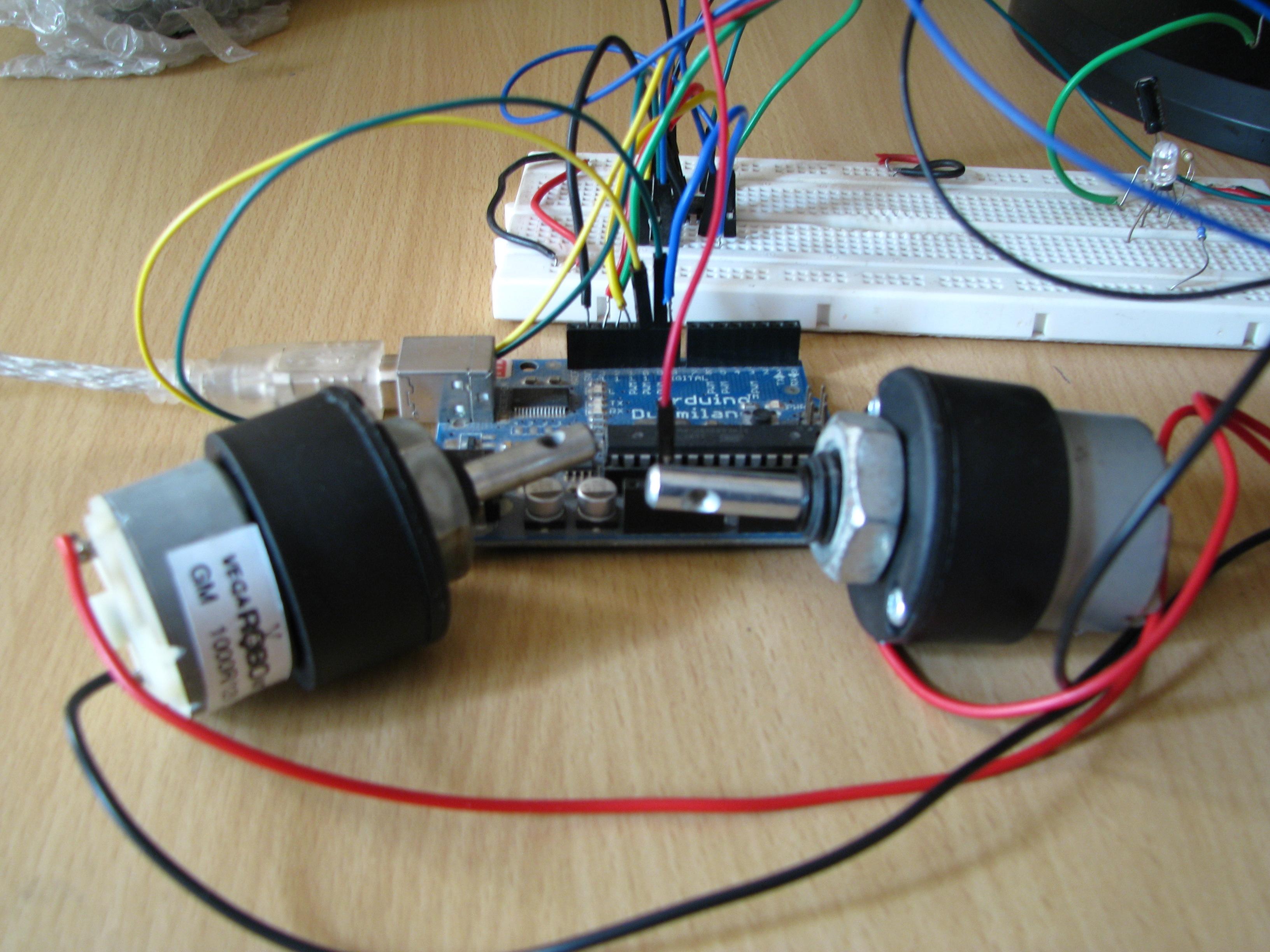 Building robots using arduino dc motorshardware fun